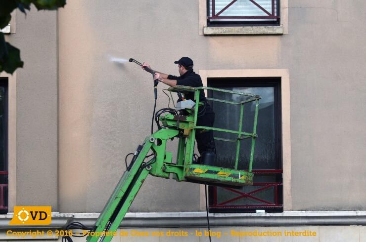 Obligation de faire un avalement de façade