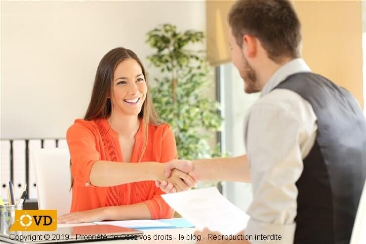 Une fiche de poste est conseillée avant l'embauche
