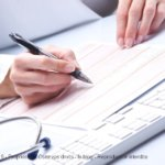 Un salarié en arrêt maladie doit toujours prévenir son employeur.